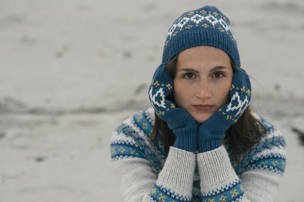 a5f4a4ef60da3946-quince-co-riva-dianna-walla-knitting-pattern-lark-5